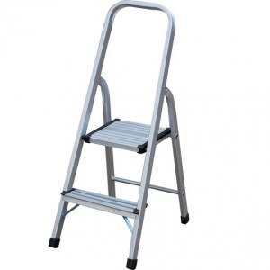 2 tread step ladder