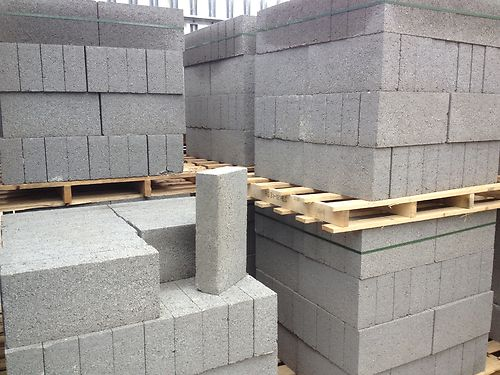 Concrete-block-pallets