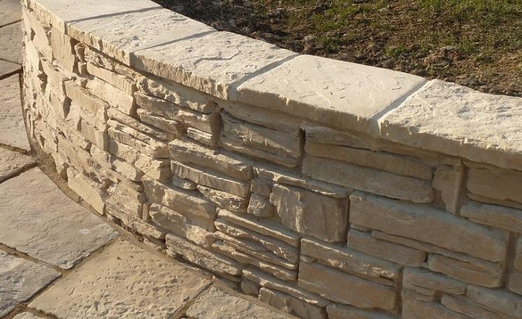Random Walling Block